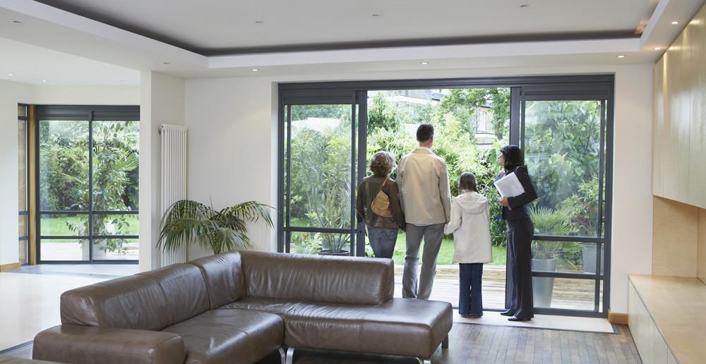 Condos neufs ou maisons neuves famille avec agent